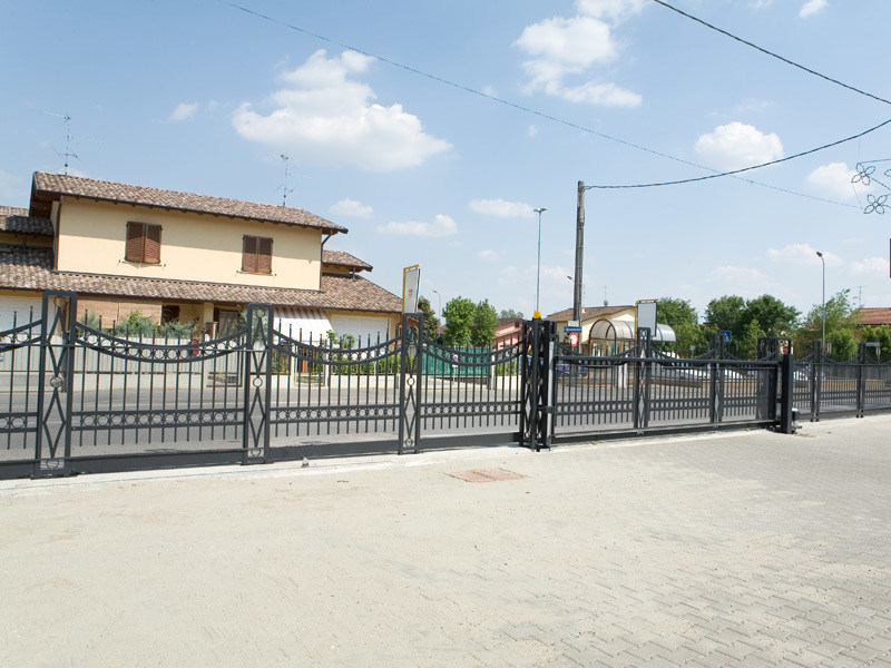 progettazione-installazione-recinzioni-metalliche-privati-ravenna
