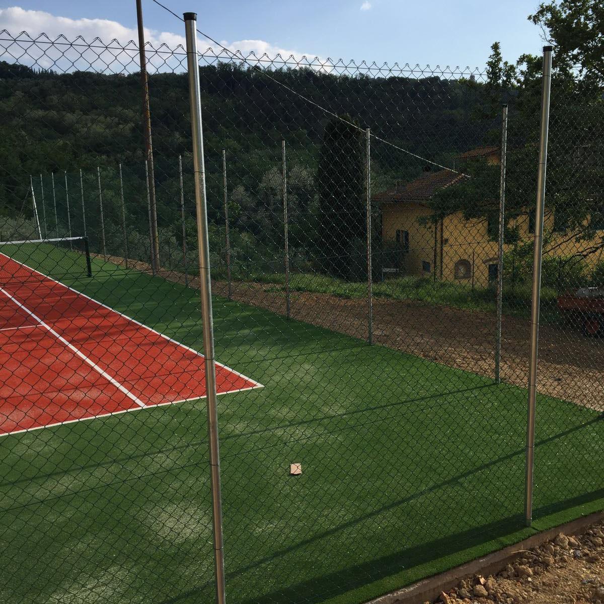 montaggio-pali-plastificati-recinzioni-ravenna-rimini