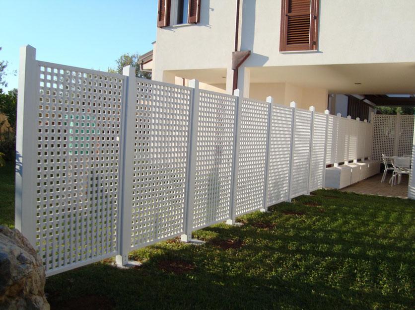 Progettazione e installazione recinzioni metalliche per for Recinzioni in legno leroy merlin